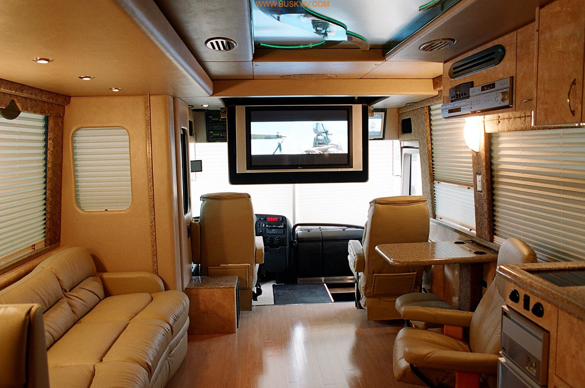 prevost_star_coach_interior_1